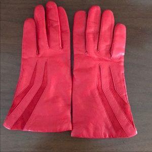 1980's Vintage Lipstick Red Leather Gloves